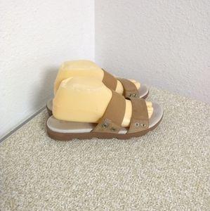 Sorel Tan Canvas Leather Sandals